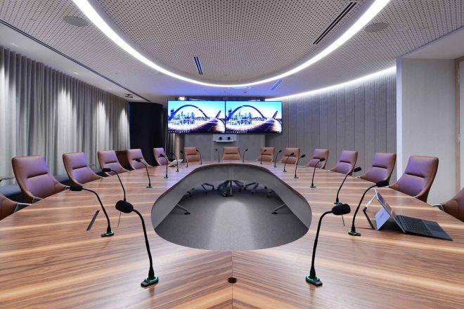 2021_1500x1000_IAG_large-meeting-room