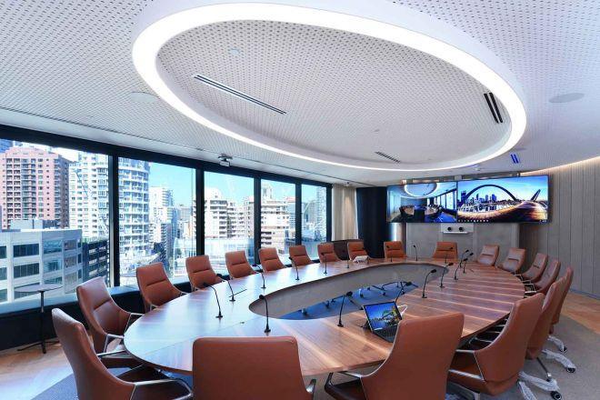 2021_1500x1000_IAG_large-meeting-room3