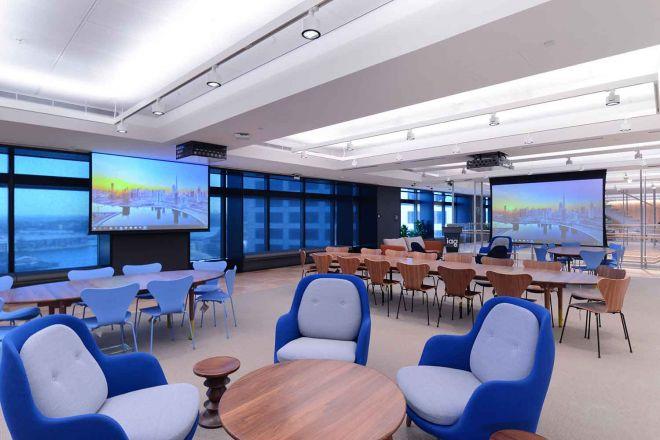 2021_1500x1000__IAG_boardroom1